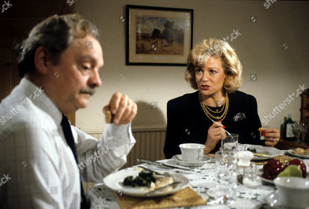 'A Touch of Frost'  TV - 1992 - Not with Kindness - David Jason as D.I. Jack Frost and Annabel Leventon as Marion.