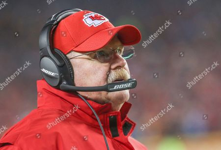 8ce96614aad Los Angeles Chargers v Kansas City Chiefs Stock Photos (Exclusive ...