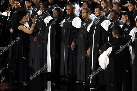 Dee Dee Bridgewater, left, performs with New Direction Tennessee State Gospel Choir in the Paul VI Hall at the Vatican during the Christmas concert