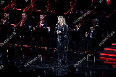 Pop singer Anastacia performs in the Paul VI Hall at the Vatican during the Christmas concert