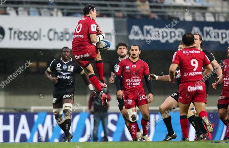 Montpellier vs RC Toulon. Toulon's Francois Trinh-Duc attempts to claim a high ball