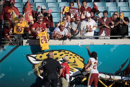Washington Redskins v Jacksonville Jaguars Stock Photos
