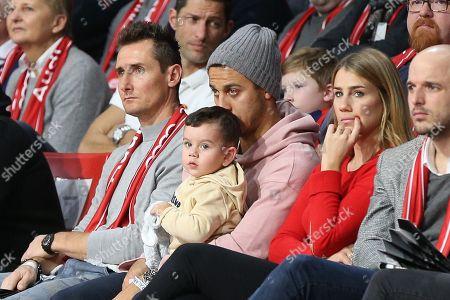 Miroslav Klose, Familie of  Thiago Alcantara #6 (FC Bayern Muenchen), FC Bayern Basketball vs. Alba Berlin, Basketball, BBL, 16.12.2018