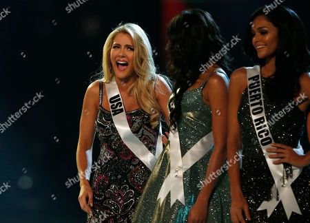 Miss USA Sarah Rose Summers (L) reacts during the Miss Universe 2018 beauty pageant at Impact Arena in Bangkok, Thailand, 17 December 2018. Women representing 94 nations will participate in the 67th Miss Universe 2018 beauty pageant in Bangkok.