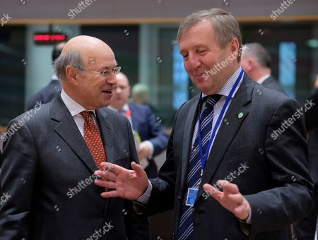 British state secretary for Rural Affairs and Biosecurity John Gardiner chats with Irish ministerfor Agriculture, Food and the Marine Michael Creed (R) during a European Agriculture and Fisheries council in Brussels, Belgium, 17 December 2018. Ministers are due to agree on the 2019 fishing opportunities for the Atlantic and North Sea. The Council is responsible for fixing quotas allowable catches and allocating fishing opportunities. Decisions are taken on the basis of a proposal from the European Commission and scientific advice from the international council for the exploration of the sea (ICES).