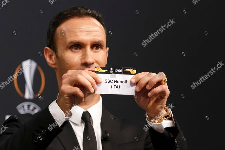 Former soccer player Ricardo Carvalho of Portugal shows the lot of SSC Napoli during the drawing ceremony of the UEFA Europa League 2018/19 Round of 32 matches at the UEFA headquarters in Nyon, Switzerland, 17 December 2018.