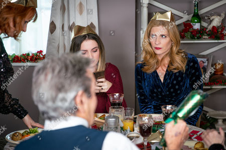 Ep 8347 Tuesday 25th December 2018  The rift between Nicola King, as played by Nicola Wheeler, and Bernice Blackstock, as played by Samantha Giles, is a gaping chasm and soon Rodney arrives attempting to unite the sisters by inviting them all to dinner. Jimmy is thrilled to escape his cooking duties but Nicola braces herself for the day ahead. Things go from bad to worse when on arriving they realise they are not welcome and Liam dishes up tiny portions for the unexpected guests. Could this meal go from bad to worse especially as trifle is on the menu?