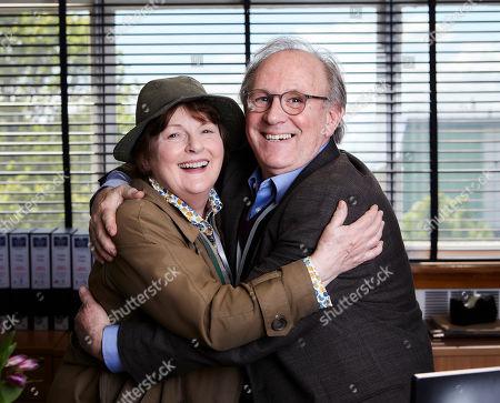 Stock Photo of Brenda Blethyn as DCI Vera Stanhope and Peter Davison as Matthew Wells.