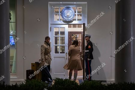 White House Press Secretary Sarah Huckabee Sanders (C) walks into the West Wing of the White House after speaking to the press in Washington, DC, USA, 20 December 2018. Sanders' comments, on behalf of US President Donald J. Trump, come on the eve of a looming partial government shutdown and the resignation of US Secretary of Defense Jim Mattis.