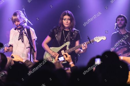 Larkin Poe - Megan Lovell, Rebecca Lovell and Robby Handley
