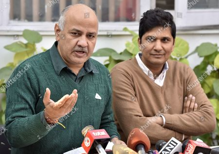 Deputy Chief Minister of Delhi Manish Sisodia with AAP MLA and Spokesperson Saurabh Bhardwaj address a press conference on the issue of not supporting a resolution in the assembly on revoking late PM Rajiv Gandhi's Bharat Ratna and on the issue of AAP MLA Alka Lamba?s resignation at Mathura Road on December 22, 2018 in New Delhi, India.