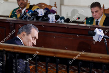 Former Egyptian President Hosni Mubarak testifies in a case related to a 2011 prison break, at a courthouse in Cairo, Egypt, 26 December 2018. According to reports, Mubarak appeared in a courthouse to testify in the retrial related to prison break in 2011 in which ousted president Mohamed Morsi and others are facing charges. Morsi, along with other senior members of the now-banned Muslim Brotherhood group, has already been sentenced to death over the charges in the first trial.