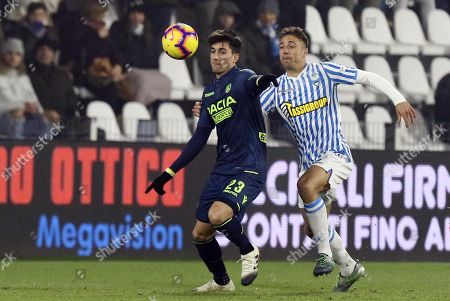 Spal's Thiago Cionek (R) and Udinese's Ignacio Pussetto in action during the Italian Serie A soccer match S.P.A.L. vs Udinese Calcio at the Paolo Mazza stadium in Ferrara, Italy, 26 December 2018.