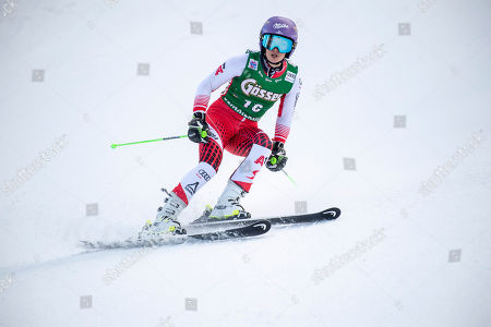 Anna Veith of Austria reacts in the finish area during the second run of the women's FIS Alpine Skiing World Cup Giant Slalom race in Semmering, Austria, 28 December 2018.