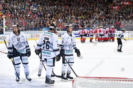 The Ice Tigers with Brandon Buck, right, after the game between Team Canada and Thomas Sabo Ice Tigers at the 92nd Spengler Cup ice hockey tournament in Davos, Switzerland, 30 December 2018.