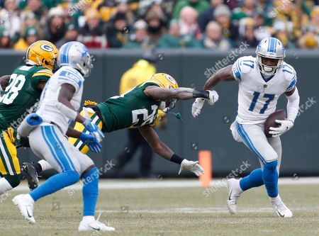 Detroit Lions' Andy Jones runs during the first half of an NFL football game against the Green Bay Packers, in Green Bay, Wis. The Packers won 34-20