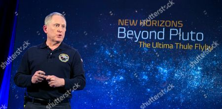 New Horizons Ultima Thule Flyby. New Horizons principal investigator Alan Stern of the Southwest Research Institute, speaks during an overview of the New Horizons Mission, at Johns Hopkins University Applied Physics Laboratory (APL) in Laurel, Maryland. New Horizons was on course to fly past the mysterious, ancient object nicknamed Ultima Thule at 12:33 a.m. Tuesday