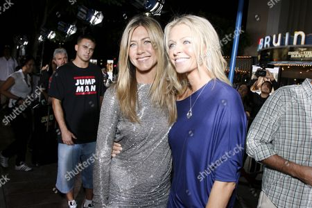 Stock Photo of Jennifer Aniston and Anne Marie DeLuise