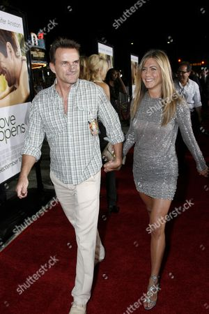 Agent Stephen Huvane and Jennifer Aniston