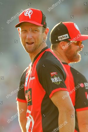 Cameron White of Melbourne Renegades shares a jokes during the big bash league match between Melbourne Renegades and Adelaide Strikers at the GMHBA Stadium, Geelong, Victoria. Picture by Martin Keep