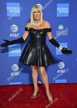 Suzanne Somers arrives at the 30th annual Palm Springs International Film Festival, in Palm Springs, Calif