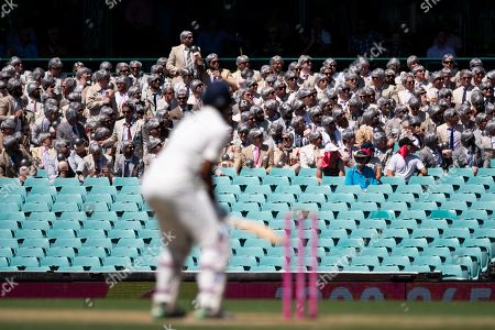 Richie Benaud fans at the 4th Cricket Test Match between Australia and India at The Sydney Cricket Ground