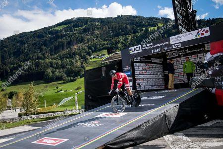 Stock Image of 2018 World Cycling U23TT Jonathan PRICE-PEJTERSEN (Den) 1st results 1 BJERG MikkelDenmark51.297kph32:312 VAN MOER BrentBelgium 50.444kph0:333 NORSGAARD MathiasDenmark 50.317kph0:38