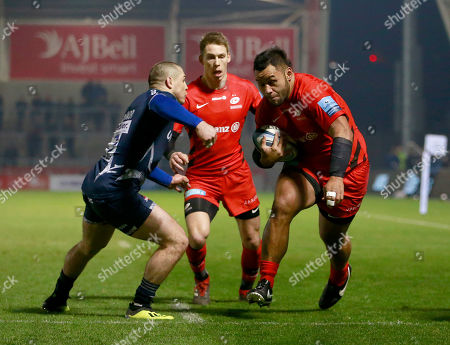 Stock Image of Billy Vunipola beats James O?Connor of Sale to score the opening Try of the game for Saracens