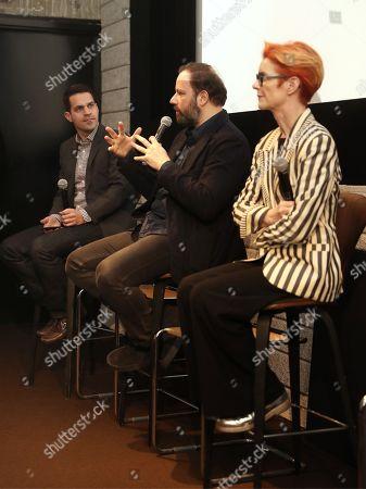Dave Karger, Yorgos Lanthimos and Sandy Powell