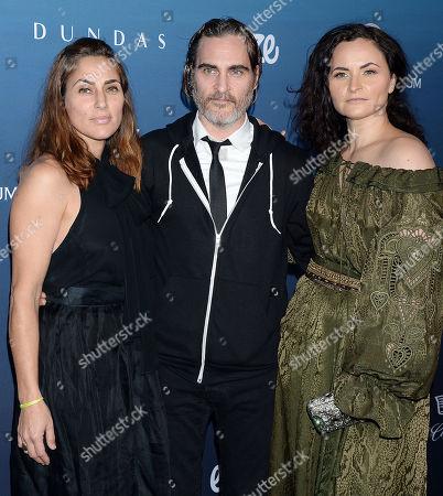 Summer Phoenix, Joaquin Phoenix, and Rain Phoenix