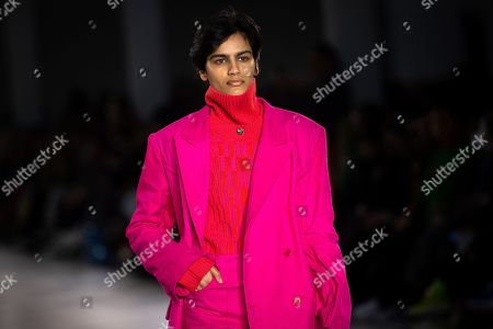 Stock Image of A model presents a creation by British designer Alex Mullins during London Fashion Week Men's, in London, Britain, 06 January 2019. The LFWM runs from 05 to 07 January.