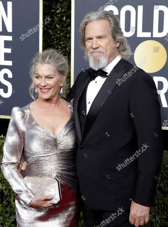 Jeff Bridges (R) and wife Susan Bridges arrive for the 76th annual Golden Globe Awards ceremony at the Beverly Hilton Hotel, in Beverly Hills, California, USA, 06 January 2019. *** Local Caption *** 52514391