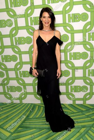 Perrey Reeves arrives at the HBO Golden Globes afterparty at the Beverly Hilton Hotel, in Beverly Hills, Calif