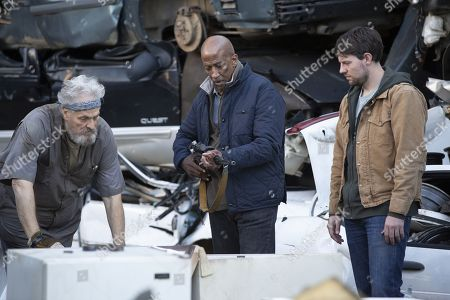 Stock Photo of Reg E. Cathey as Chief Giles and Patrick Fugit as Kyle Barnes