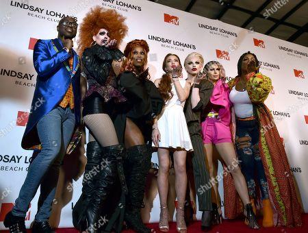 "Bob the Drag Queen, guest, Monique Heart, Lindsay Lohan, Aquaria, Trinity ""The Tuck"" Taylor, Monet X Change"