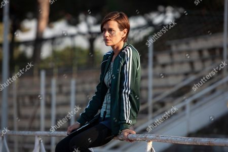 Claudia Pandolfi as Monica
