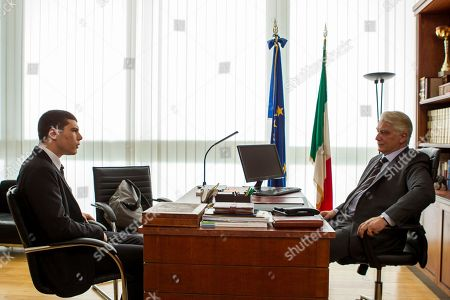 Riccardo Mandolini as Damiano Younes and Tommaso Ragno as Fedeli