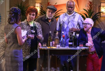 Tammy Townsend as Felicia, Vicki Lawrence as Margaret, Martin Mull as Charlie, David Alan Grier as Hank and Leslie Jordan as Sid