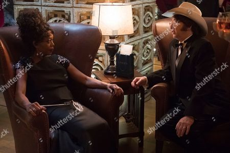 Alfre Woodard as Aunt Josephine and Barry Sonnenfeld as Ike Anwhistle