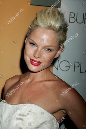 Editorial picture of 'The Burning Plain', film premiere, New York, America - 16 Sep 2009
