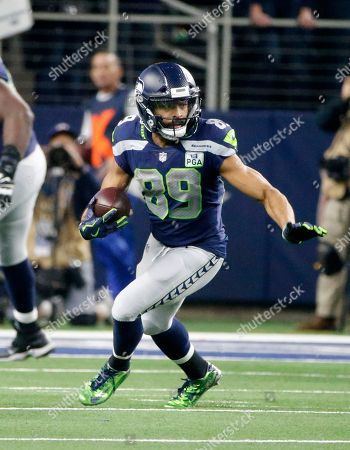 Seattle Seahawks wide receiver Doug Baldwin (89) finds running room against the Dallas Cowboys during an NFC wild-card NFL football game in Arlington, Texas