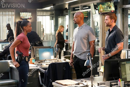 Michelle Mitchenor as Sonya Bailey, Damon Wayans as Roger Murtaugh and Seann William Scott as Wesley Cole