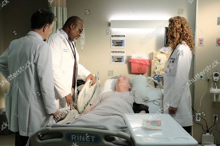 Stock Photo of Bruce Greenwood as Randolph Bell, Gregory Alan Williams as Dr. Peterson, Lindsay Ayliffe as Trip Dunlap and Melina Kanakaredes as Lane Hunter