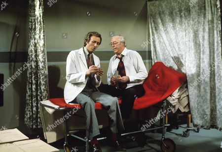 'Doctor on the Go'   TV   Series 1 Geoffrey Davies and Robert Dorning