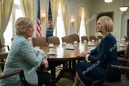 Jayne Atkinson as Catherine Durant and Robin Wright as Claire Underwood