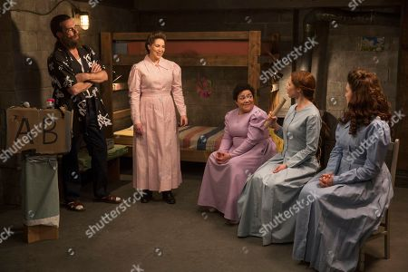 Jon Hamm as Richard Wayne Gary Wayne, Sol Miranda as Donna Maria Nunez, Sara Chase as Cyndee Pokorny, Ellie Kemper as Kimmy Schmidt and Lauren Adams as Gretchen Chalker