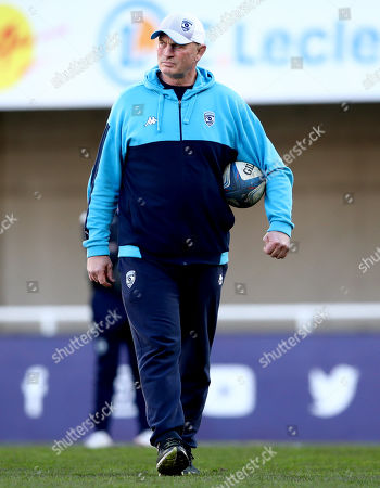 Montpellier vs Newcastle Falcons. Montpellier Head Coach Vern Cotter