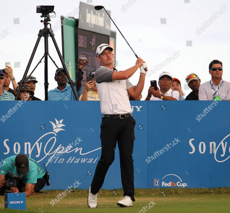 Andrew Putnam tees off at the 18th during the final round of the PGA Sony Open at the Waialae Country Club in Honolulu , HI - Michael Sullivan/CSM