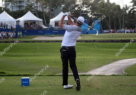 Andrew Putnam tees off on the 17th during the final round of the PGA Sony Open at the Waialae Country Club in Honolulu , HI - Michael Sullivan/CSM