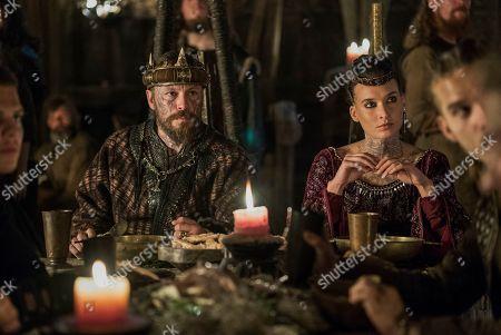 Stock Photo of Peter Franzen as King Finehair and Josefin Asplund as Astrid